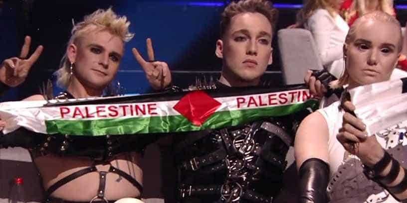 Le groupe islandais brandit des banderoles palestiniennes