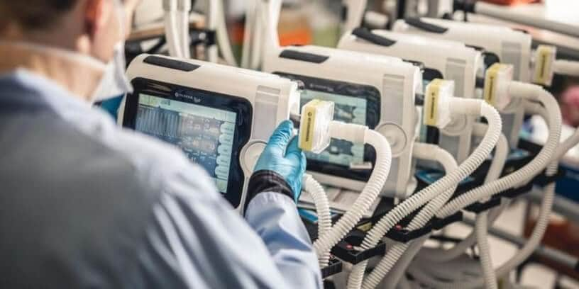 Covid-19: la France aurait commandé des respirateurs artificiels inadaptés